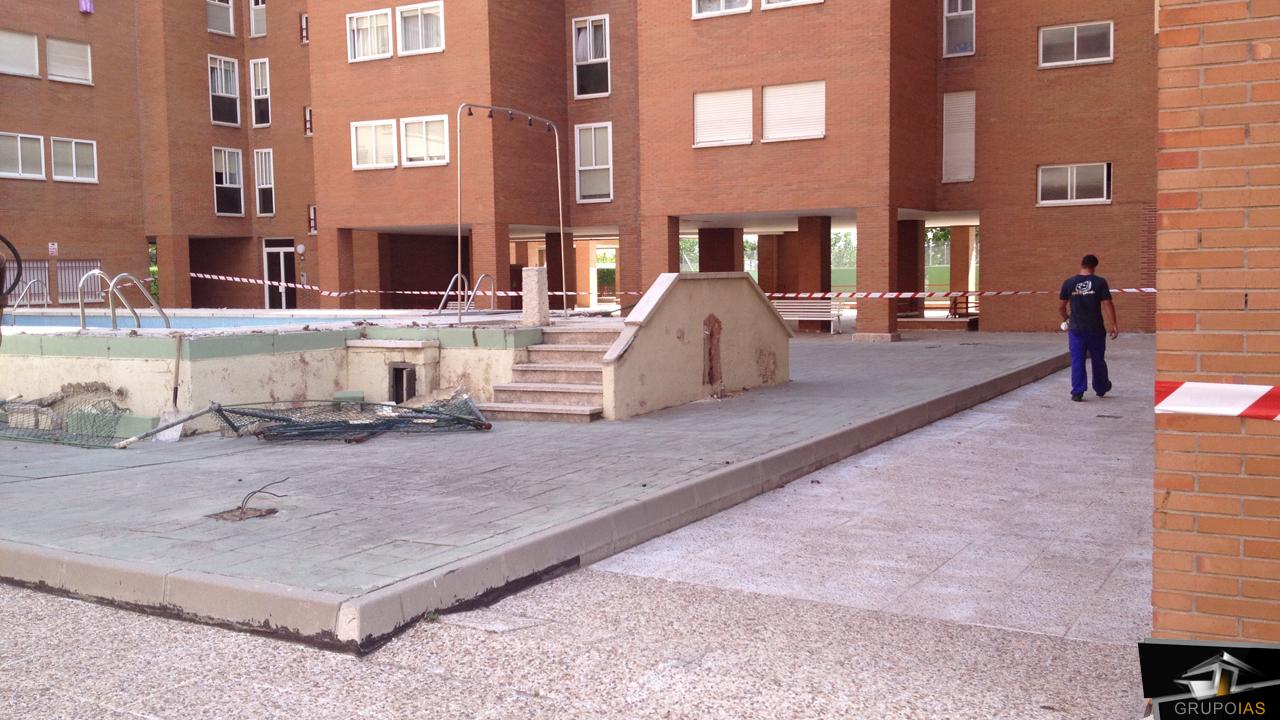 Demolición piscina urbanización