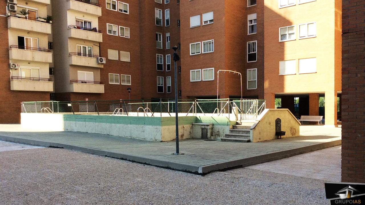 Proceso constructivo de zona publica en urbanizaci n calle for Piscina publica madrid