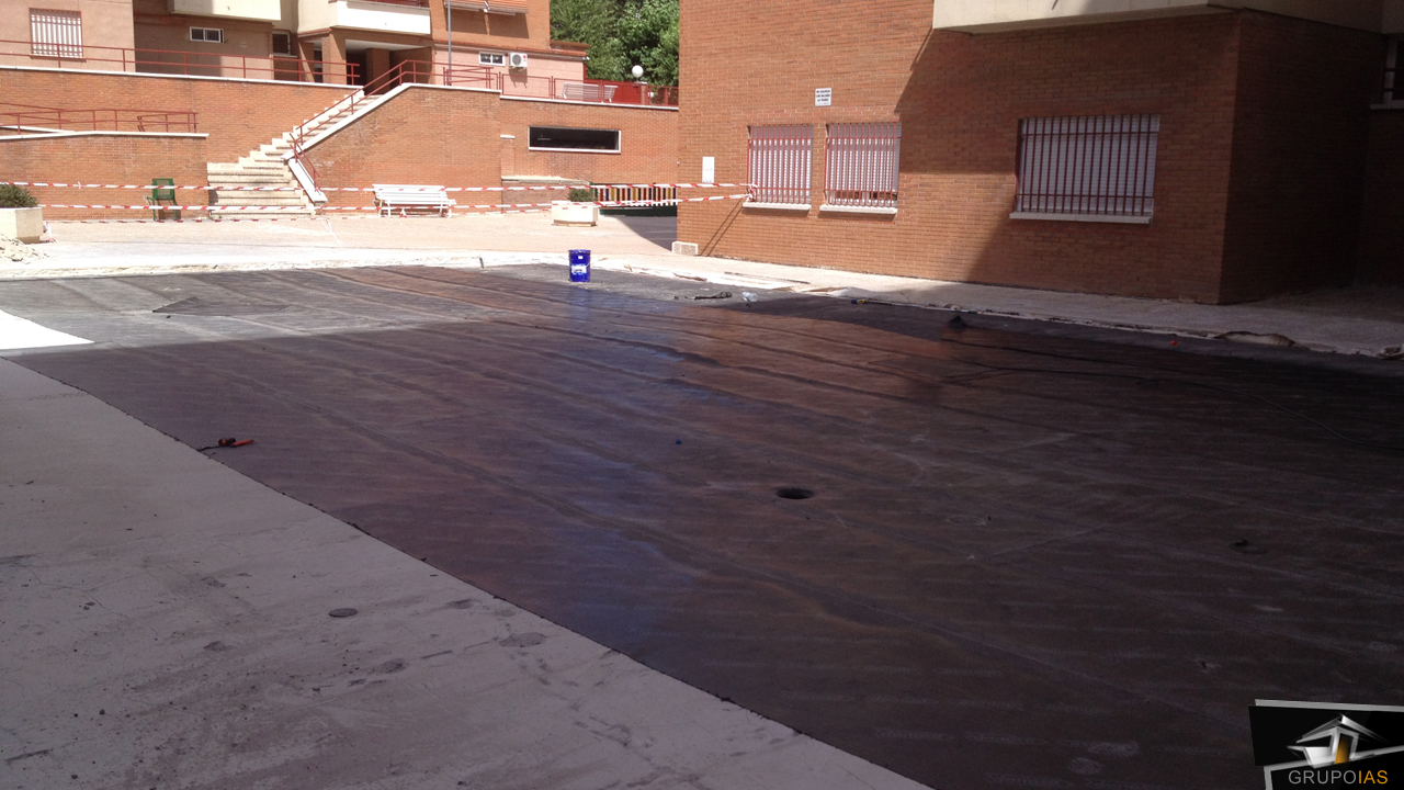 Saneamiento zona piscina